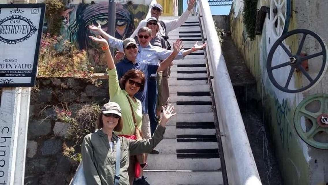 Famous Valparaíso! Premium Walking Tour with a Native Guide