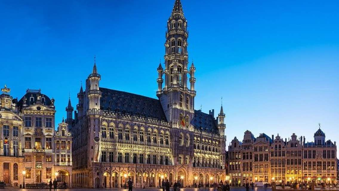 GAILY TOUR in BRUSSELS - Gay & Lesbian Tour