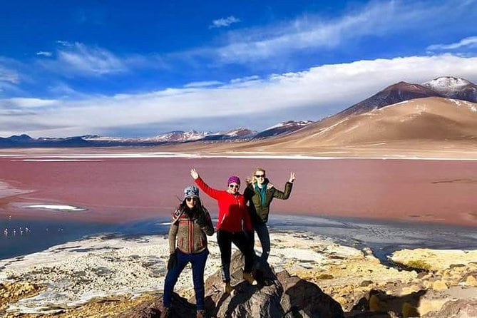 Private Day Trip to Laguna Colorada from Uyuni with Bilingüal Guide