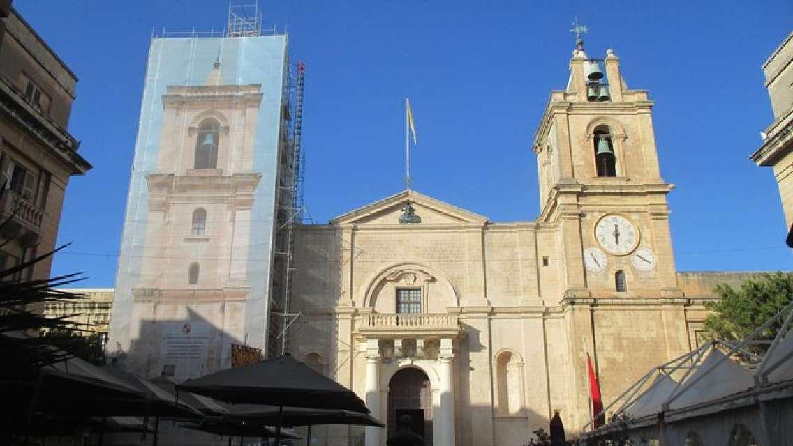 Valletta City: Main Attractions on Foot