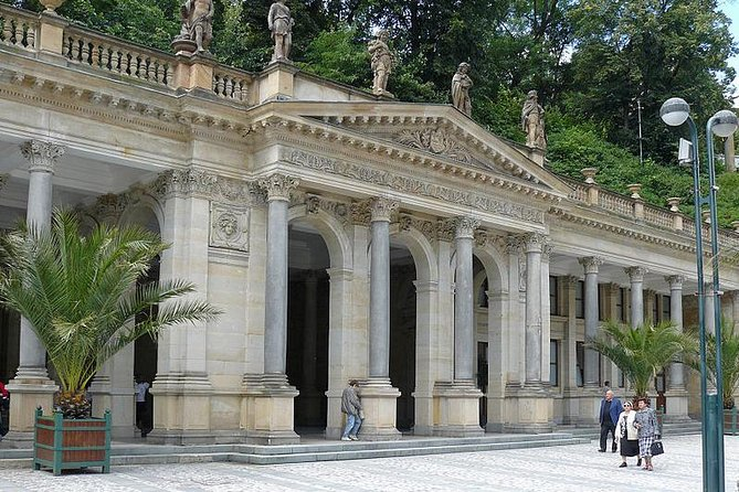 Moser Glassworks and Jan Becher Museum and Karlovy Vary Private Tour from Prague