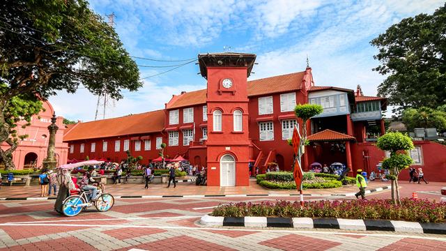 布城粉紅清真寺+馬六甲海峽清真寺+荷蘭紅屋+雞場街+遊船一日遊(中文包車)
