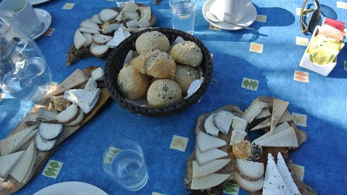 Cheese Wine and Home Hospitality half day culinary tour