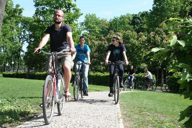 3-Hour Private Bike Tour of Tiergarten and Berlin's Hidden Places
