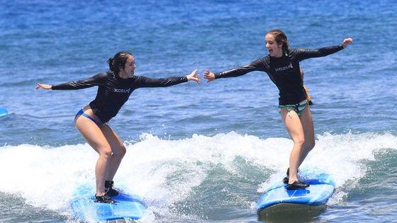 Group Surf Lesson at Ka'anapali Beach