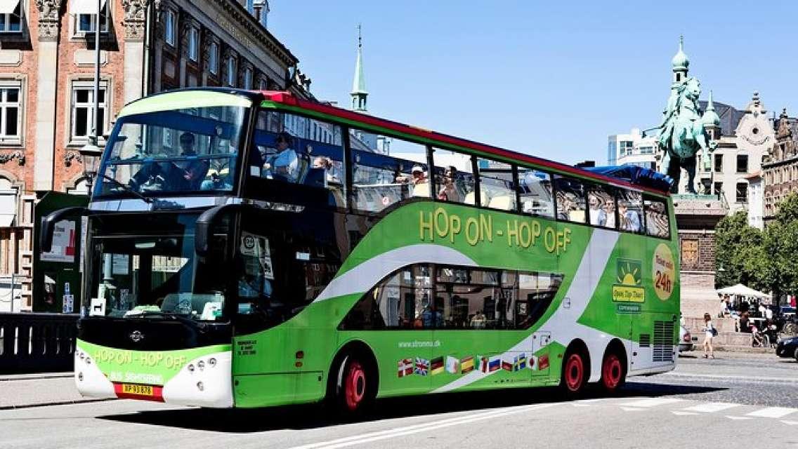 Bus & Boat Hop On Hop Off in Copenhagen