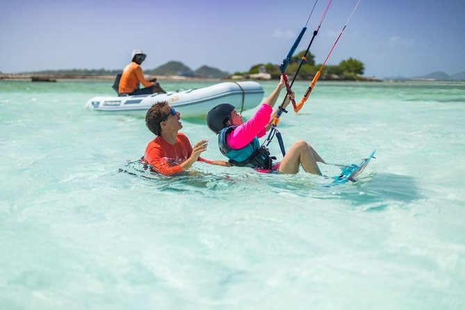 KiteSurfing Beginners 2-Hour Course in Djerba