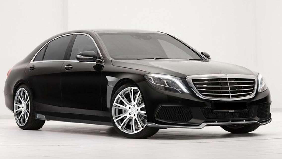 Departure PrivateTransfer from Vienna City to Vienna Airport VIE by Luxury Car