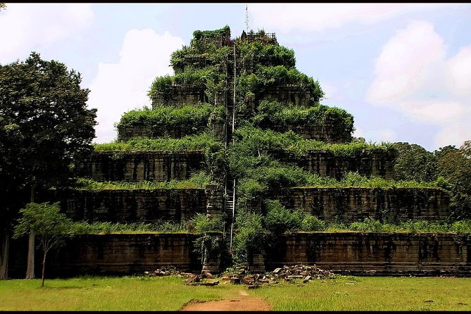 Koh ker and Beng Mealea Temple Tour