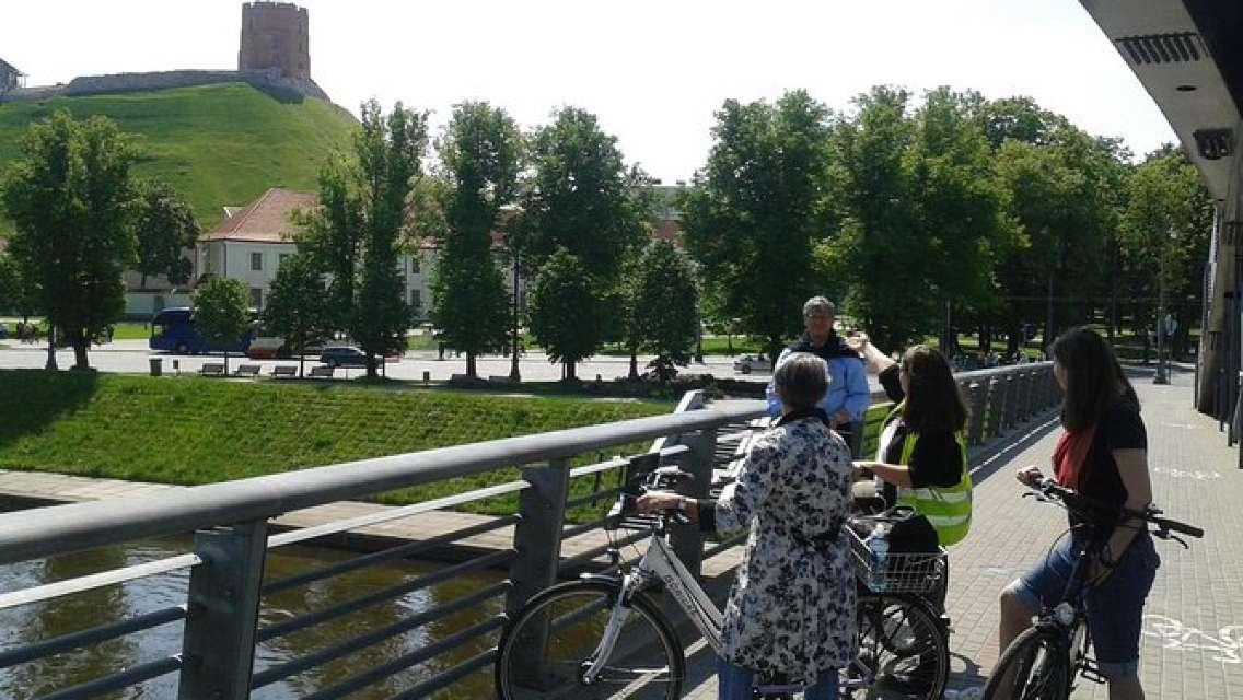 Vilnius - City of Contrasts - The Original City Tour by bicycle (bike+food tour)