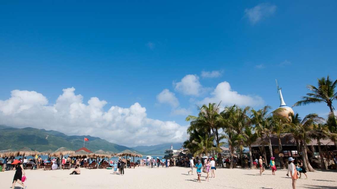 Sanya Fenjiezhou Island Chartered One-day Tour [Parent-child Island Tour + Door-to-door Pickup + Gate Ticket + Exchange for Travel Auction]