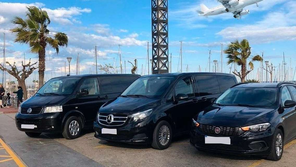 Cardiff Airport (CWL) to Barry Accommodation - Round-Trip Private Transfer