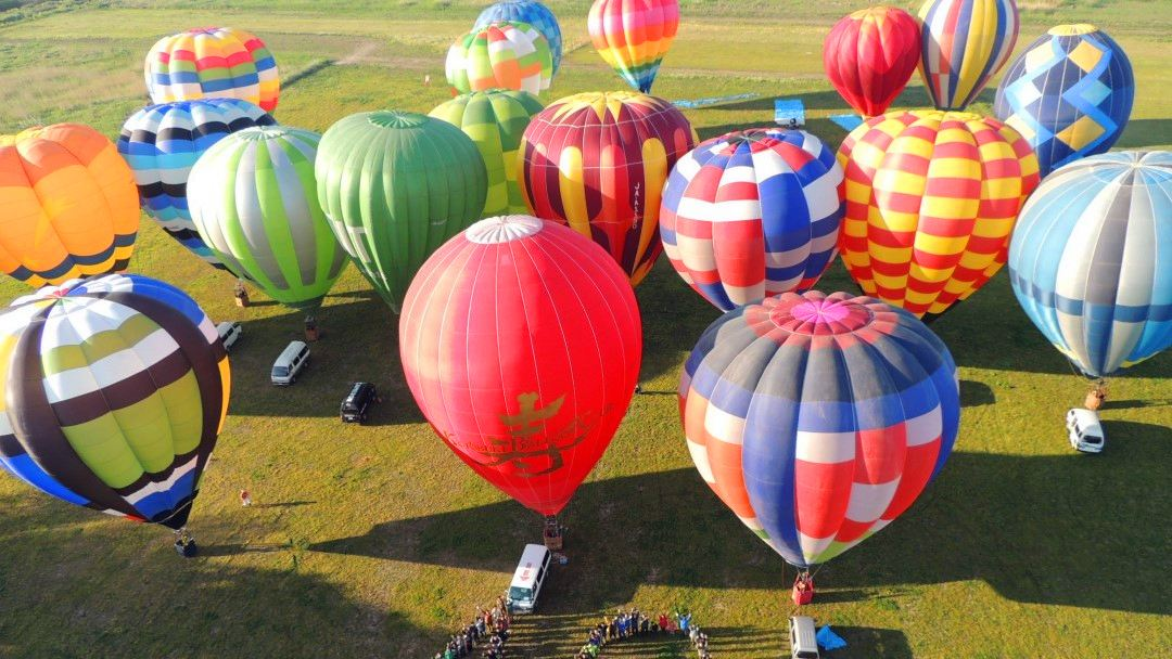 See Sunrise from HOT AIR BALLOON Near Tokyo