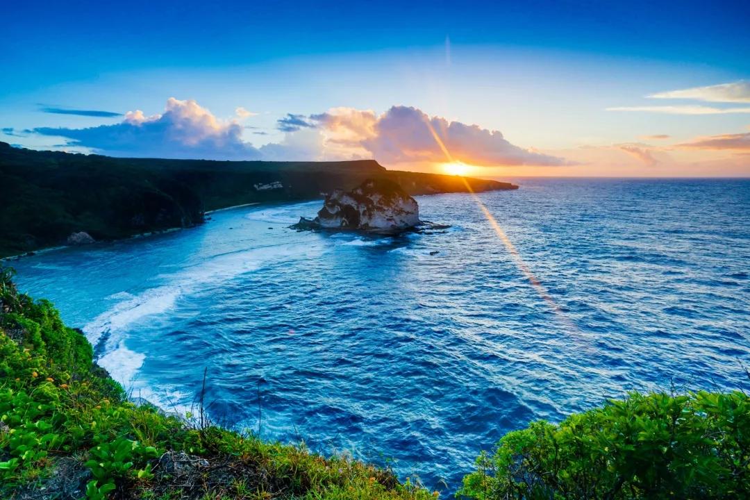 美國塞班島1至6人座一日遊(贈油費+含1位司機+中文8小時+自定路線)