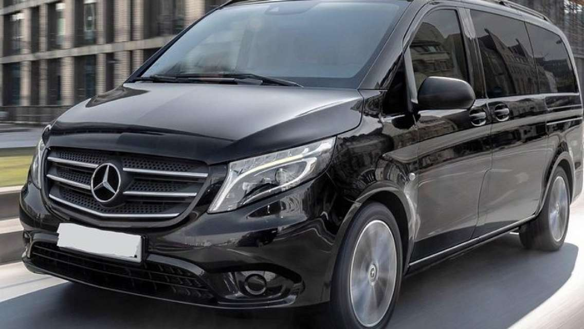 Departure Private Transfer: Cape Town to Cape Town Airport CPT by Minivan