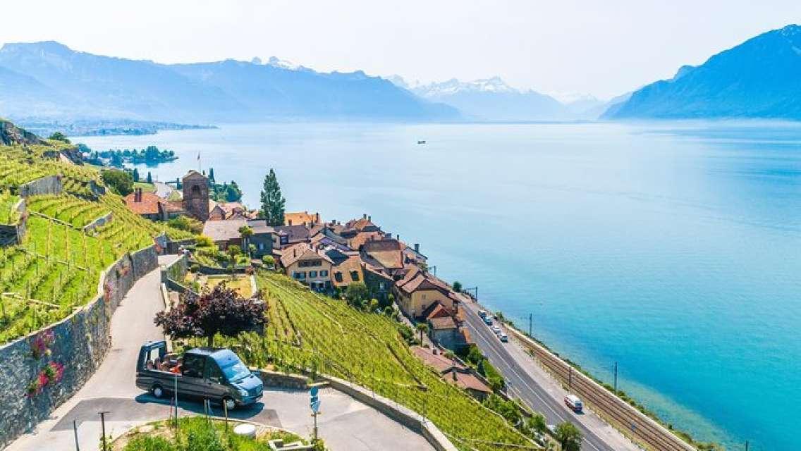 Lavaux Panoramic Wine Tour from Geneva