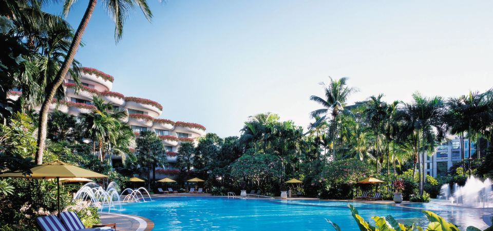 6 Pool-worthy Staycations in Singapore for all-year round Summer Fun!
