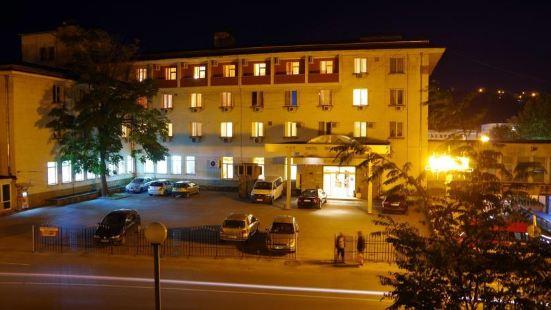 巴爾幹酒店