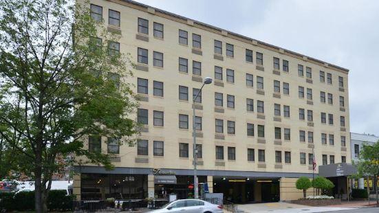 戴斯華盛頓酒店 - 康涅狄格大道