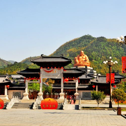Xuedou Temple