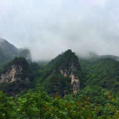 구시뉴동 동굴 여행 사진