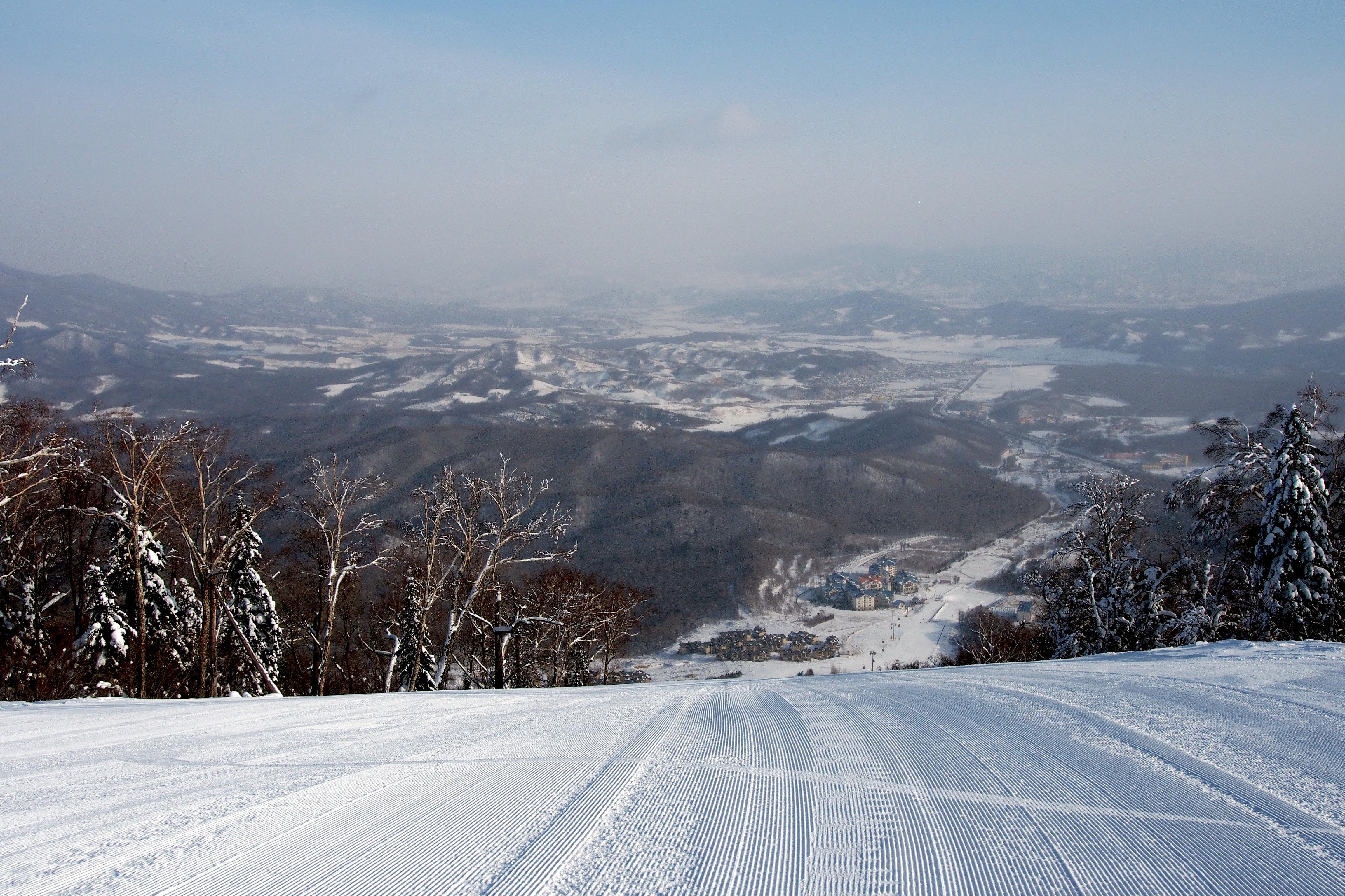 亞布力滑雪旅遊度假區+中國雪鄉+夢幻家園二日游(哈爾濱出發:一單一團,買大送小,贈雪鏡)