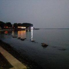 Hung-tse Lake Bathing Spot User Photo