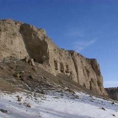 우거먀오 석굴 여행 사진