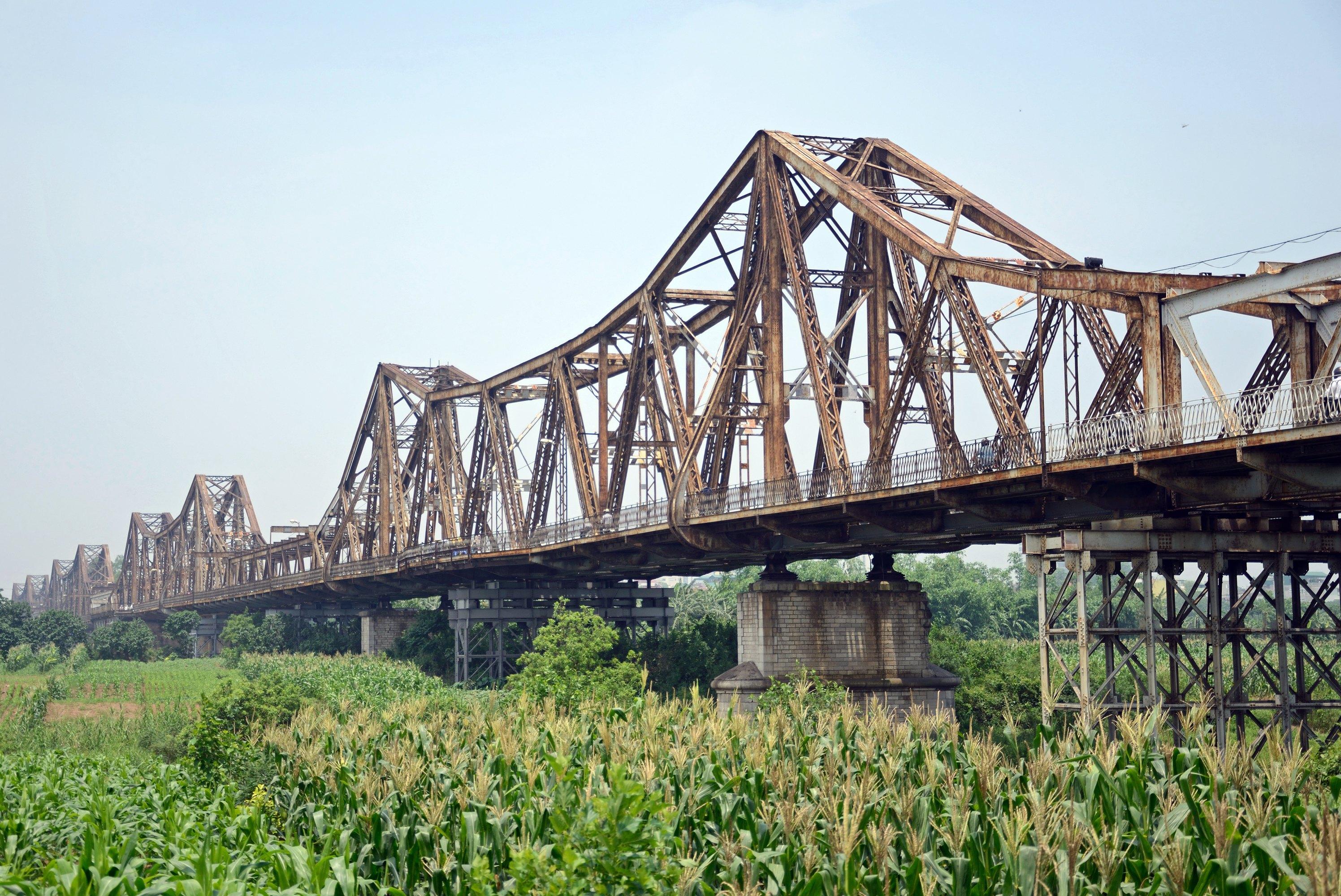 Long Bien Bridge