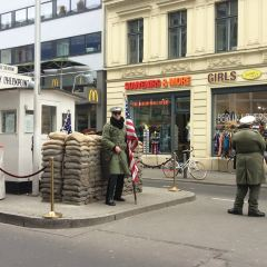 Checkpoint Charlie User Photo