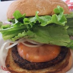 Teddy's Bigger Burger Koko Marina Center User Photo
