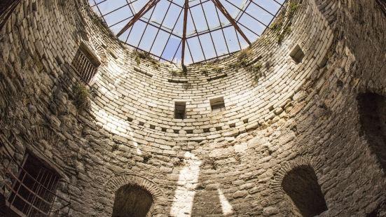 Yedikule (Castle of the Seven Towers)