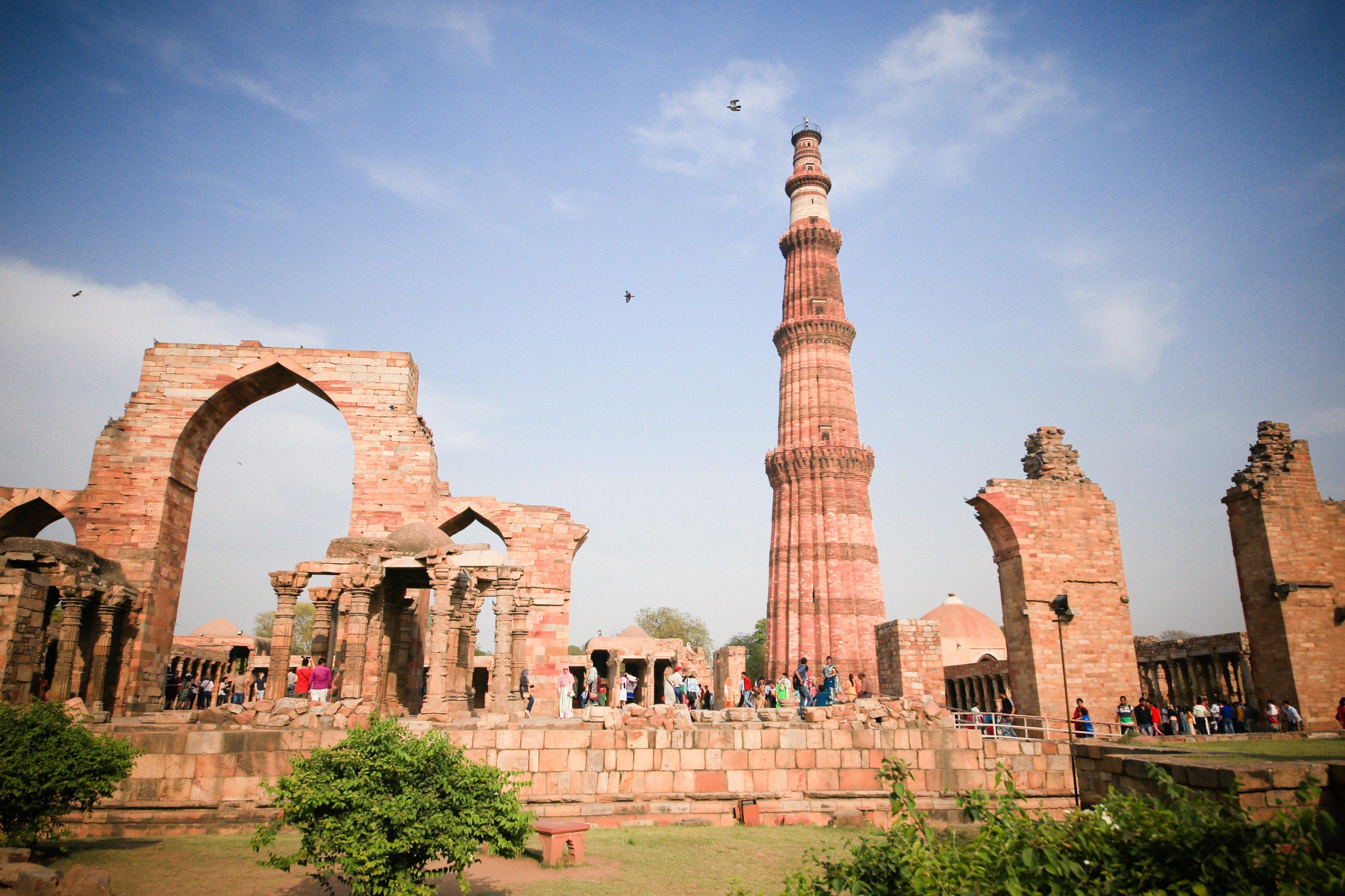 印度德里歷史名勝探訪一日遊(顧特卜塔+洛迪公園+馬雍陵)
