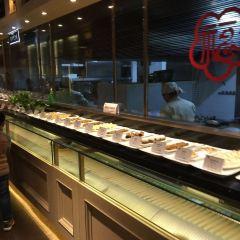 Yi Lou Shi Ye · Shi Hui Yi Lou User Photo