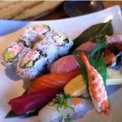Kanpai Sushi Bar and Grill User Photo
