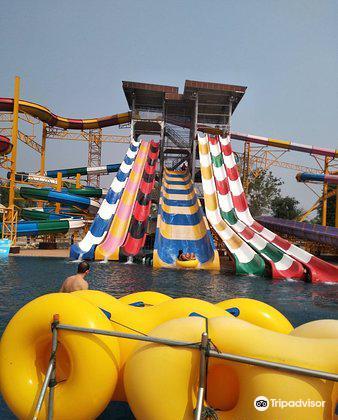Splash Fun Water Park