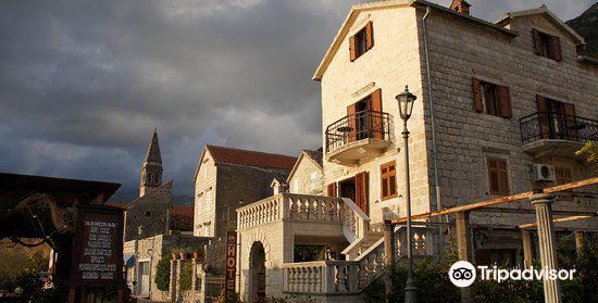 Martinovic Palace