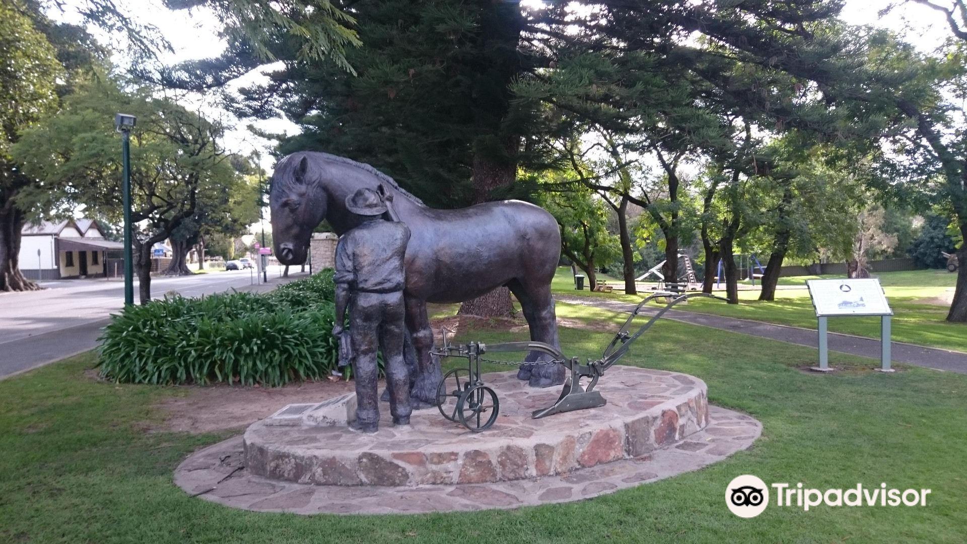 Day Off Peter Bronze Statue