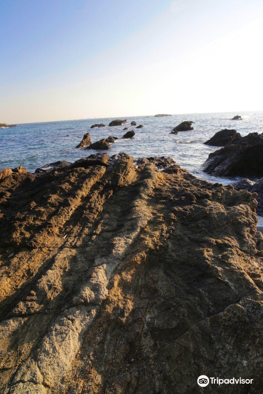 Totsuhama Beach