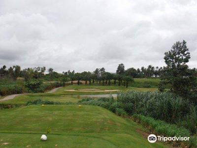 Parichat Golf Course