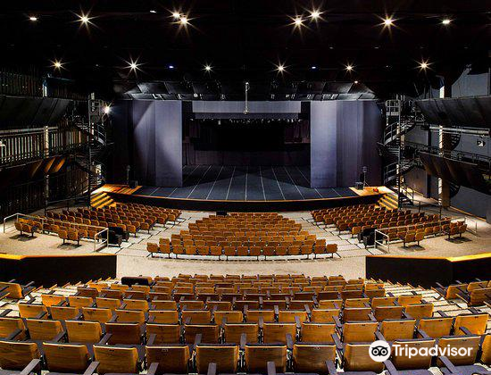 SESC - Santos Theater
