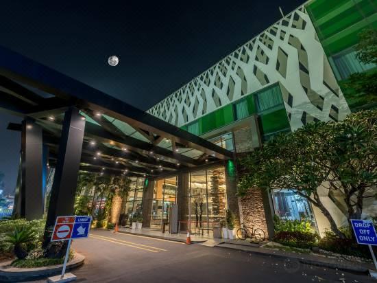 Holiday Inn Cikarang Jababeka Reviews For 4 Star Hotels In Pasirsari Trip Com