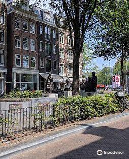 Johnny Jordaanplein / Beeld Johnny Jordaan