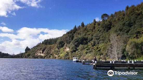 羅托伊蒂湖