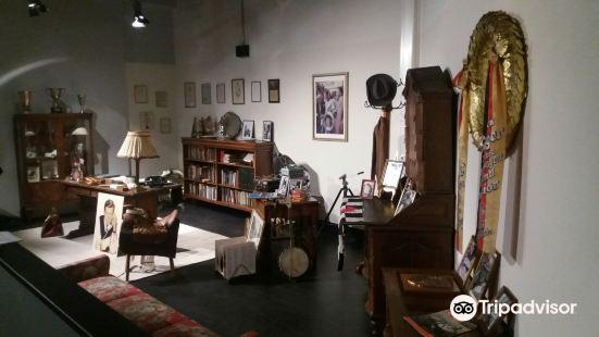 Villa Trips - Museum fuer Rennsportgeschite