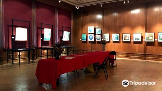 裝飾應用與民間藝術博物館