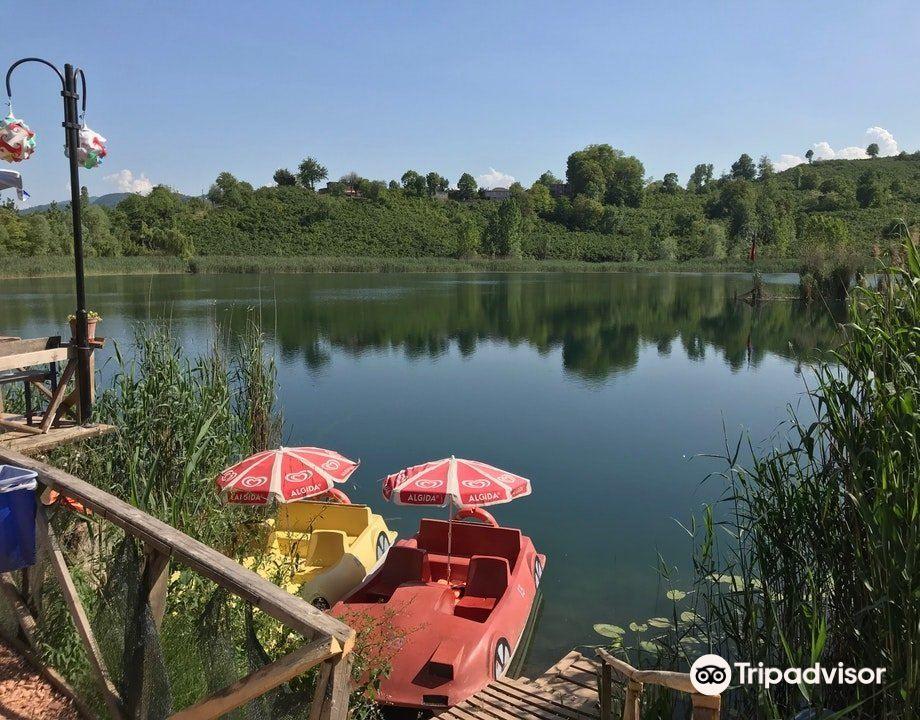 Gaga Lake