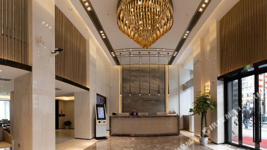 Caihe Hotel