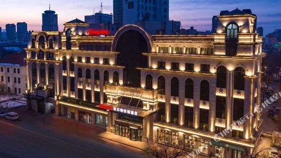 哈爾濱中央大街希爾頓歡朋酒店