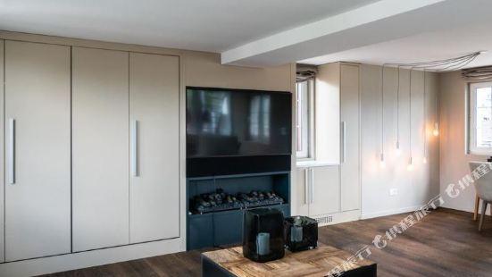 Le Bijou LQ80 Jacuzzi Penthouse
